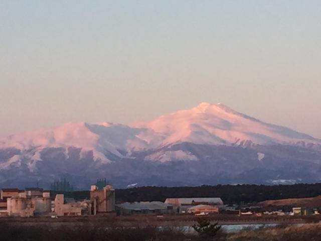 冬の鳥海山夕景
